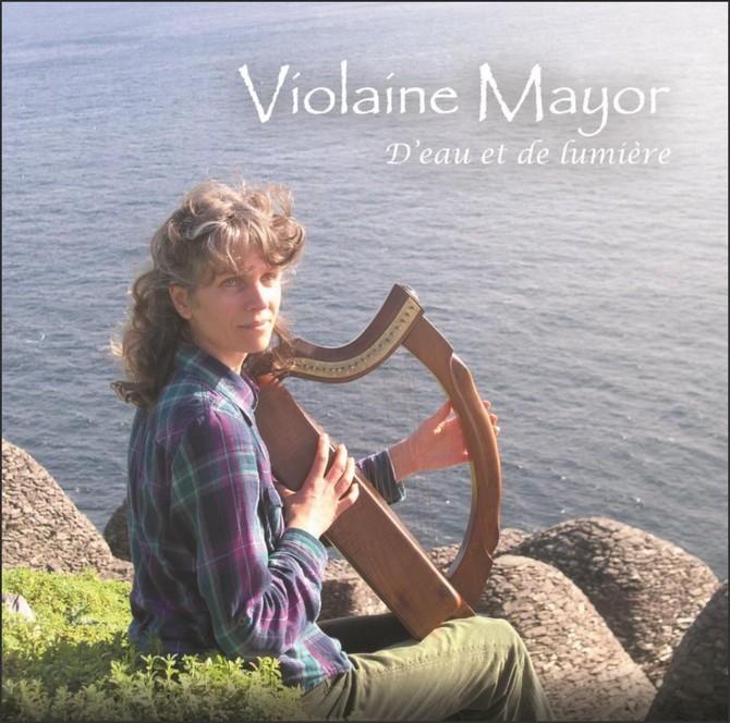 Violaine Mayor, musique irlandaise, écossaise et pibroc'h à la harpe celtique